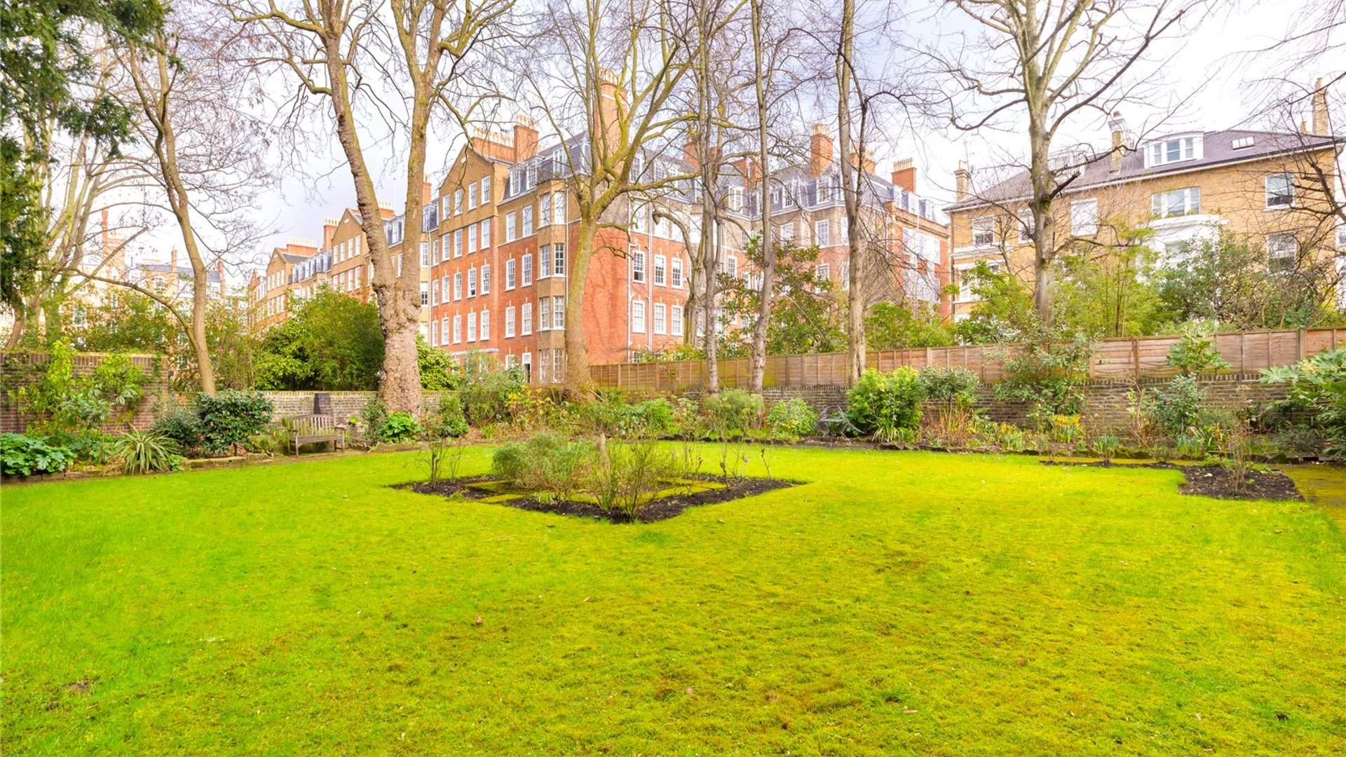 Redcliffe Square, Chelsea, London